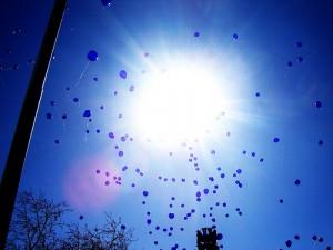 white-balloons1